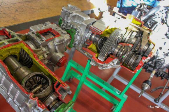(Slovenian) B006 –delavnica za diagnostiko motorjev