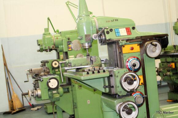 (Slovenian) B010 –delavnica mehanske obdelave (struženje, frezanje, brušenje)