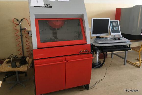 (Slovenian) B114 – učilnica za CNC obdelave