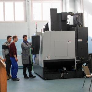 B008 –delavnica za 3- in 4-osne CNC obdelave