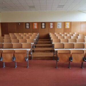 B110 – velika predavalnica