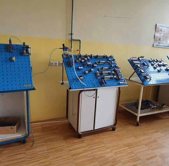 A014 – učilnica za pnevmatske in krmilne sisteme