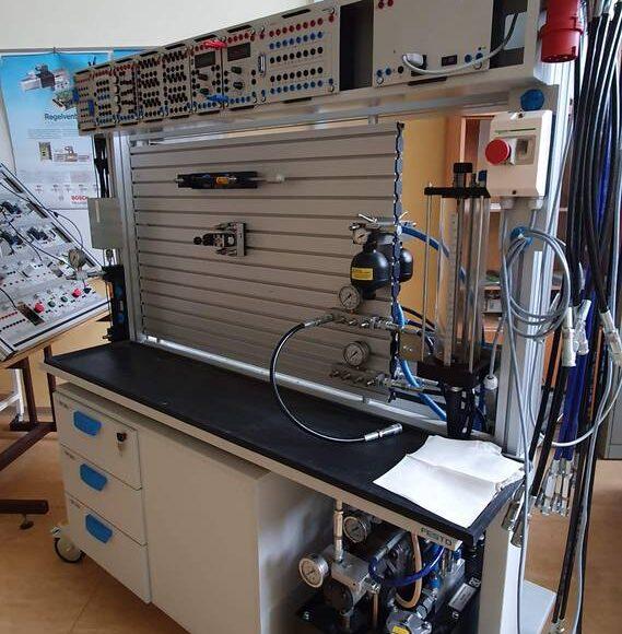 B103 – laboratorij za strokovno izobraževanje krmilne tehnike